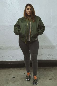 nadiaaboulhosn | Camo print and bomber jacket | curvy street style inspiration | plus size style inspiration | sport chic | streetwear