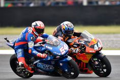 Mattia Pasini on top as Moto2 take on Texas - After his hard-fought victory in strange conditions at the Gran Premio Motul de la Republica Argentina, Mattia Pasini (Italtrans Racing Team) tops the Moto2™ standings after holding off the challenge from young guns Xavi Vierge (Dynavolt Intact GP) and Miguel Oliveira (Red Bull KTM Ajo) to take h... - http://superbike-news.co.uk/wordpress/mattia-pasini-on-top-as-moto2-take-on-texas/
