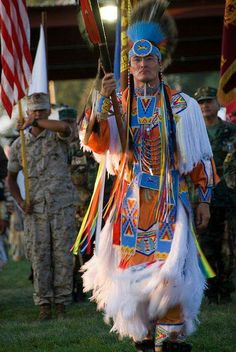 a Passion 'n Frames: Shoshone Indian Pow Wow Native American Wisdom, Native American Regalia, Native American Photos, American Indian Art, Native American History, American Women, Indian Tribes, Native Indian, Native Art