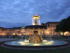 Springbrunnen auf dem Stuttgarter Schloßplatz by Valdet Beqiraj on 500px