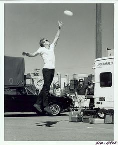 Steve McQueen's so badass he even catches a frisby like a beast!!