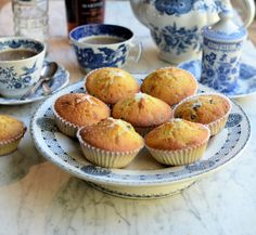 A Vintage Recipe: Queen Cakes for Mothering Sunday :http://www.lavenderandlovage.com/2017/03/vintage-recipe-queen-cakes-mothering-sunday.html
