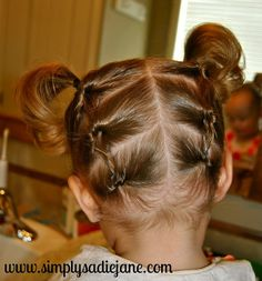 Simply Sadie Jane: Ideas for toddler girl hairstyles. Seeing as how it's another girl on the way, I should be a master at these soon. Old Hairstyles, Baby Girl Hairstyles, Princess Hairstyles, Pretty Hairstyles, Toddler Hairstyles, Updo Hairstyle, Hairdos, Natural Hairstyles, Hairstyle Ideas