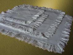 pościel biała z haftem angielskim