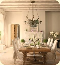 country farmhouse dining