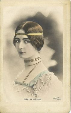 Vintage woman Photo of Cleo de Merode  - this is not a postcard, it looks as it was in a frame long ago.
