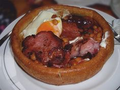 THE YORKSHIRE PUDDING BREAKFAST - much like a trencher!
