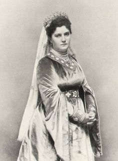 Queen Draga Mašin (born Draga Milićević Lunjevica) (1864-1903) of Serbia, widow of Svetozar Mašín (1851–1886) of Chekovlsakia wife of King Alexander I (born Aleksandar Obrenović) (1876-1903) of Serbia. Military leaders invaded their home on 11 Jun 1903 & murdered them by 1st shooting them-they were then mutilated & disemboweled & thrown from a 2nd  floor window of the palace.