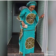 African Dresses Styles 2019 : Beautiful Styles You Should Rock. This is another beautiful collection of african ankara fashion styles African Lace Styles, Latest African Fashion Dresses, African Dresses For Women, African Print Fashion, African Attire, African Women, Ankara Styles, African Print Dress Designs, African Traditional Dresses