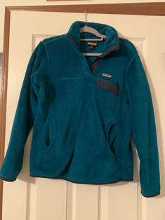 Patagonia Pullover Size medium Color: teal Good condition Bundle and save on shipping Visit my page for more items! Including my north face jacket listed for sale Patagonia Fleece Jacket, Patagonia Pullover, North Face Jacket, The North Face, Teal, Jackets, Medium, Color, Fashion