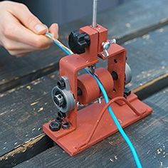Nordstrand Copper Wire Stripping Machine - Electric Cable Insulation Stripper with Blade - Manual Tool for Recycling Wire Scrap from 19 AWG to AWG Metal Working Tools, Metal Tools, Garage Tools, Garage Workshop, Metal Projects, Welding Projects, Welding Crafts, Cool Tools, Diy Tools