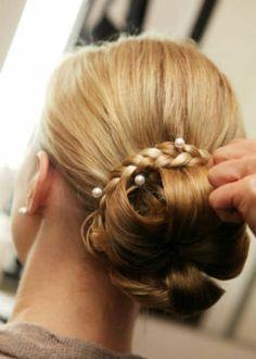 Brautfrisur Hochzeitfrisur vom Make-up/ Hair Artist Profi in Berlin - Prenzlauer Berg | eBay Kleinanzeigen