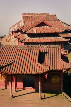 Red roof temple