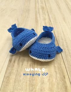 Whale crochet baby shoes pattern - DIGITAL DOWNLOAD - Newborn infant toddler sizes - Sea creature slippers moccasin socks baby booties
