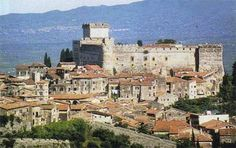 Caetani Castle once ruled by Onorato Caetani III. Caetani was excommunicated in 1499 by Pope Alexander VI. Alexander confiscated all of Caetanis estates and handed them over to Lucrezia.