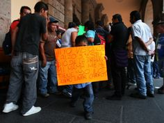 Desde el lunes pasado, la autoridad municipal ''levantó'' a personas que apartaran lugares en la zona de Santa Tere