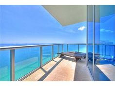 Jade Beach | Sunny Isles Beach, FL | www.condo.com/Condo-Jade-Beach-Exclusive-Listings-2678389
