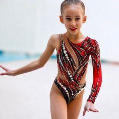 @hanchevv2 в Instagram: «А у меня были две очаровашки- сестренки 🌟🌟🌟🌟🌟🌟🌟маленькие звездочки🥰🥰🥰🥰🥰🥰🥰🥰 Спасибо маме @lenagerts за доверие 🌹🌹🌹🌹🌹#шьюсама…» Gymnastics Leos, Gymnastics Pictures, Gymnastics Outfits, Rhythmic Gymnastics Leotards, Dance Leotards, Kids Leotards, Dance Outfits, Dance Dresses, Ballet Leotards For Girls