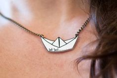 Origami Boat Pendant on Antique Style Gold Chain - Hand Illustrated - Shrink Plastic - Paper Sailboat Necklace. via Etsy. Shrink Paper, Shrink Plastic Jewelry, Shrink Art, Origami Boat, Shrinky Dinks, Bijoux Diy, Ceramic Jewelry, Modern Jewelry, Biscuit