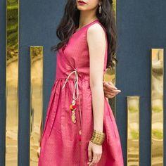 Dress up trendy!  Free golden bangles  To order DM us or Whatsapp: 923343340547 Send a msg on fb: fb.com/threaderpk Email at threaderpk2@gmail.com #pakistanicouture #elan #karachi #fashion #mahirakhan #pakistanifashion #desi #shalwarkameez #desifashion #indianfashion #lollywoodfashion #pakistanstreetstyle #mayoon #bridalwear #Weddingseason #shaadi #shaadiseason #formal #kurta #jamawar #mehndioutfits #velvet #pakistani #banarsi #nikkah #couture #gulahmed