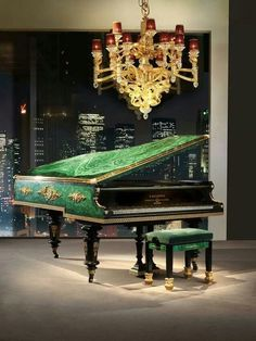 BALDI Malachite Veneered and Gold Heavily Plated Bronze. They said It was Highly Improbable to manage to veneer with Malachite an Historical Bechstein Piano and don't ruin its sound and qualities. Piano Y Violin, The Piano, Piano Room, Piano Music, Music Guitar, Mundo Musical, Rhapsody In Blue, Baby Grand Pianos, Digital Piano