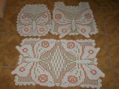 30 Awesome jogo de banheiro de croche com barbante barroco images Free Crochet Doily Patterns, Crochet Designs, Crochet Doilies, Crochet Home, Diy Crochet, Crochet Skull, Doilies Crafts, Crochet Decoration, Butterfly Decorations