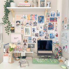 Study Room Decor, Room Ideas Bedroom, Cute Room Decor, Bedroom Decor, Fashion Room, Otaku Room, Indie Room, Minimalist Room, Aesthetic Room Decor