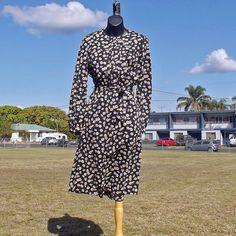 70s Vintage Tea Dress Size SM by Jenny Price by VintageSquirrels, $32.95 #vintage#teadress #vintagteclothing #1970s #70sFashion #JennyPrice #dress#pretty #floral