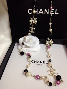 New Designer Chanel Pearls Necklace Jewelry with Gold CC