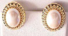 Vintage Monet Jewelry Gold Tone/Pearl Fashion Post Earrings #Monet #Stud