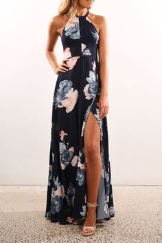 43 Maxi Dress Outfit that You Must Try - Style Spacez Women's Dresses Mode Outfits, Dress Outfits, Dress Up, Fashion Outfits, Dressy Maxi Dress, Women's Fashion, Slit Dress, Dress Fashion, Navy Floral Maxi Dress