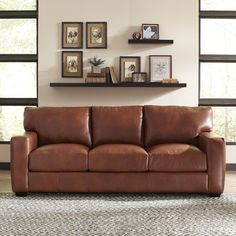 Tips That Help You Get The Best Leather Sofa Deal. Leather sofas and leather couch sets are available in a diversity of colors and styles. A leather couch is the ideal way to improve a space's design and th Genuine Leather Sofa, Best Leather Sofa, Leather Sofas, Brown Leather, Shabby Chic Furniture, Living Room Furniture, Living Room Decor, Rustic Furniture, Antique Furniture