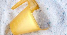 A fürdőszoba takarítása az egyik legnehezebb feladat, ezért a legtöbb háziasszony irtózik is tőle. Pedig a fürdőszobát muszáj rendszeresen alaposan kitakarítanunk, mert rengeteg baktérium megtelepszik ebben a nyirkos környezetben. A Ketkes.com szerkesztősége most megmutatja, hogyan lehet könnyedén kitakarítani a fürdőszobát! Ezekkel a módszerekkel pénzt és időt spórolhatunk. 1. A WC tartály tisztítása Sokan nem is...Olvasd tovább