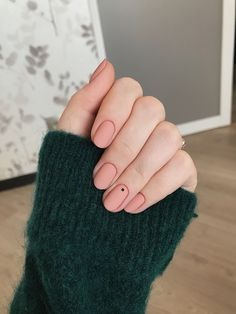 Black Matte Coffin Nails With Rhinestones that Where Can I Buy Matte Grey Nail Polish; Diy Matte Nails With Flour above Nail Care Jeddah near Nail Career Education Jenna Glue On Nails, My Nails, Gelish Nails, Matte Pink Nails, Black Nails, Finger, Nagel Hacks, Minimalist Nails, Round Nails