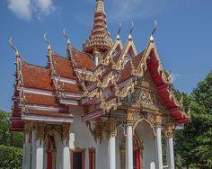 2012 Photograph, Wat Ket Ho Wihan Gables, Tambon Kathu, Kathu, Phuket, Thailand, © 2014.  ภาพถ่าย ๒๕๕๕ วัดเก็ตโฮ่ หน้าจั่ว พระวิหาร ตำบลกะทู้ อำเภอกะทู้ ถูเก็ต ประเทศไทย