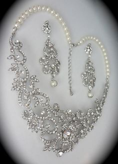 Bridal jewelry set // Rhinestone and pearl // necklace and earrings set // Statement bib necklace // Wedding // Pageant // Formal // Jewelry by QueenMeJewelryLLC on Etsy