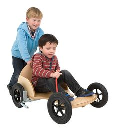 The Runna Go Kart is steered with your feet and hands using the rope provided and there is a hand brake situated next to the seat. Wooden Toy Boxes, Wooden Toys, Online Toy Stores, Kids Scooter, Balance Bike, Little Monkeys, Go Kart, Kid Beds, Old Trucks