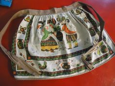 My Life Atomic - Modern Life as a 1950's Housewife  #vintage #kitchen #kitsch #1950s #atomic #midcentury #apron #housewife #pennsylvaniadutch