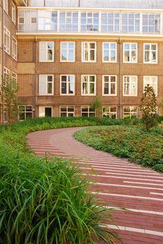 RoeterseilandUniversity of Amsterdam - Inside Outside