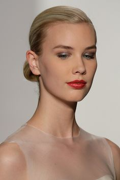Amsale Bridal Spring 2015   Sparkling eyes and red lips, this would be a great bridal makeup. #youresopretty