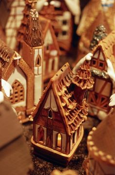 Tealight gingerbread houses