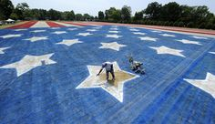 Stars and stripes (Joe Imel / Daily News via AP)