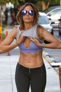 Jennifer Lopez Sixpack