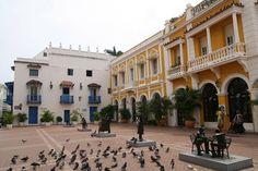 Plaza San Pedro Claver, Cartagena, Colombia.
