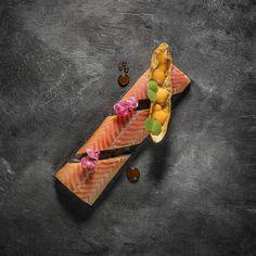239 mentions J'aime, 4 commentaires – Restaurant Aan de Poel (@restaurantaandepoel) sur Instagram : « Smoked eel and yakitori. @maurice_fransen »