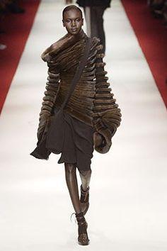 Jean Paul Gaultier Fall 2002 Couture Fashion Show - Jean Paul Gaultier, Alek Wek