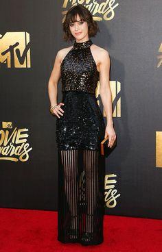 LIZZY CAPLAN MTV Movie Awards 2016