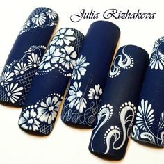 Navy and white nail art Cute Acrylic Nails, Gel Nail Art, Gel Nails, Lace Nails, Flower Nails, Nailart, Floral Nail Art, Manicure Y Pedicure, Nail Patterns