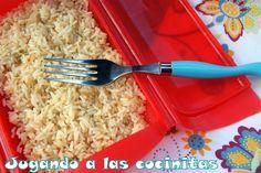 Jugando a las cocinitas: Arroz blanco (estuche vapor Lékué)