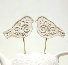 Bird Wedding cake toppers of two love birds in by Dprintsclayful